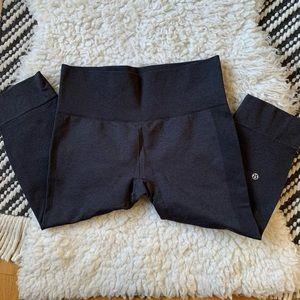 LULULEMON grey ebb to street crop leggings